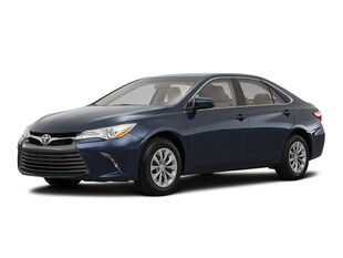 2017 Toyota Camry Hybrid LE Smart Key Sedan