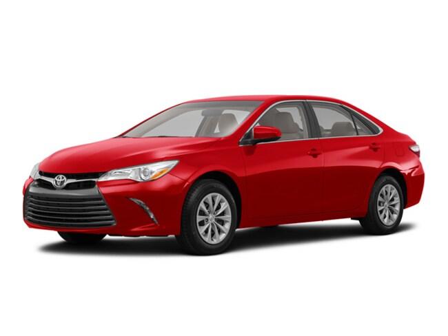 2017 Toyota Camry Hybrid Sedan