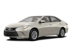 New 2017 Toyota Camry XLE Sedan in Bartsow, CA