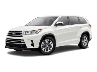 New 2017 Toyota Highlander LE I4 SUV Arlington