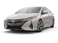 New 2017 Toyota Prius Prime Plus Hatchback Cincinnati, OH