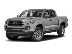 used 2017 Toyota Tacoma Truck Double Cab for sale in Savannah