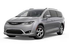 2018 Chrysler Pacifica Hybrid Touring Plus Van Passenger Van