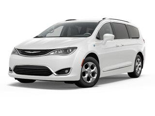 New 2018 Chrysler Pacifica Hybrid Touring Plus Van Passenger Van Petaluma