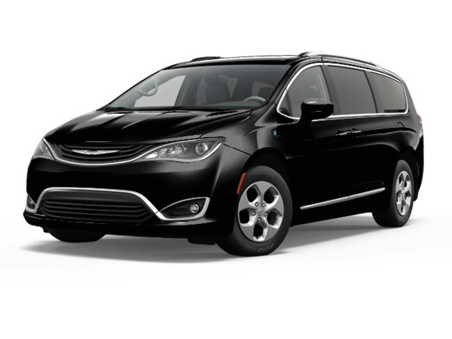 2018 Chrysler Pacifica HYBRID TOURING PLUS Passenger Van Near Vancouver WA