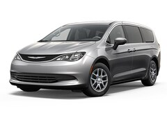 New 2018 Chrysler Pacifica LX Passenger Van near Buffalo, NY