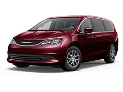 2018 Chrysler Pacifica LX Passenger Van 2C4RC1CG9JR292073 for sale in Warwick, NY