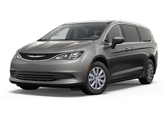 New 2018 Chrysler Pacifica L Van for sale in the Brunswick, OH