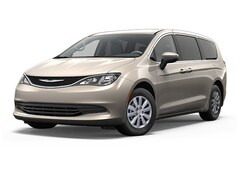 New 2018 Chrysler Pacifica L Passenger Van 2C4RC1AG2JR293326 for sale in Decatur, IL