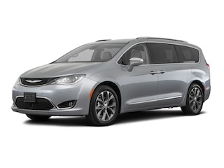 New 2018 Chrysler Pacifica Limited Front-wheel Drive Tucson