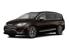 used 2018 Chrysler Pacifica Limited FWD Van for sale in Souderton