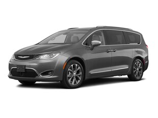 2018 Chrysler Pacifica Pacifica Limited Passenger Van