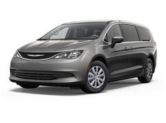2018 Chrysler Pacifica Touring Minivan/Van