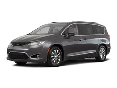 2018 Chrysler Pacifica Touring L Van 18810 2C4RC1BGXJR127845 for sale near Clinton, IN