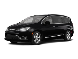 New 2018 Chrysler Pacifica TOURING L PLUS Passenger Van C21246 in Woodhaven, MI