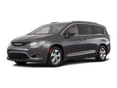 2018 Chrysler Pacifica Touring L Plus Minivan