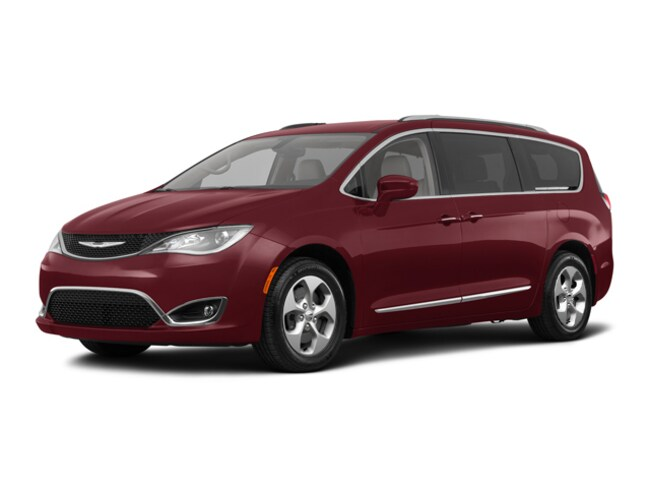 New 2018 Chrysler Pacifica Touring L Plus Van C21066 Woodhaven, MI