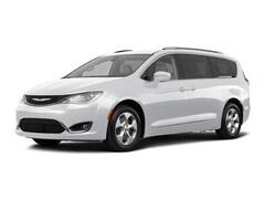 2018 Chrysler Pacifica Touring L Plus Van