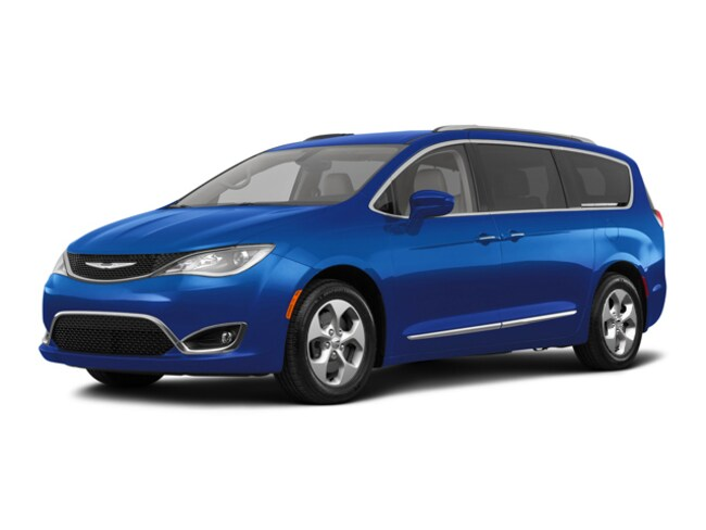 Used 2018 Chrysler Pacifica Touring L Plus Van Grand Forks, ND