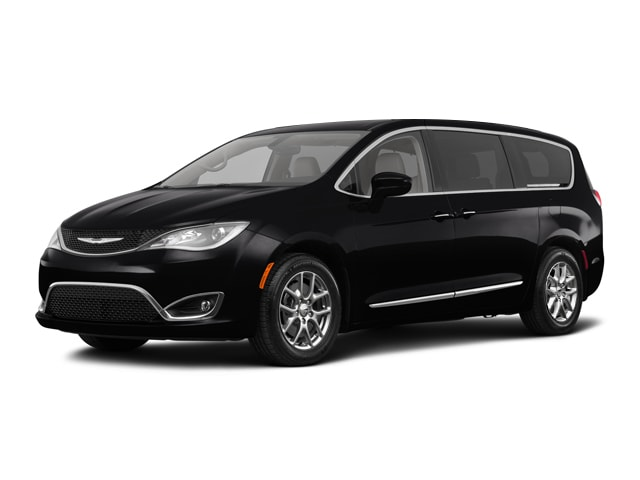 Used 2018 Chrysler Pacifica Touring Plus Van Grand Forks, ND