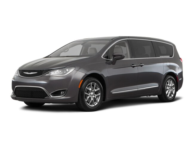 2018 Chrysler Pacifica Touring Plus Van For Sale in Madison, WI