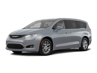 New 2018 Chrysler Pacifica Touring Plus Van C180214 in Brunswick, OH