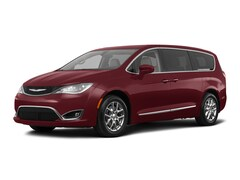 2018 Chrysler Pacifica Touring Plus Van