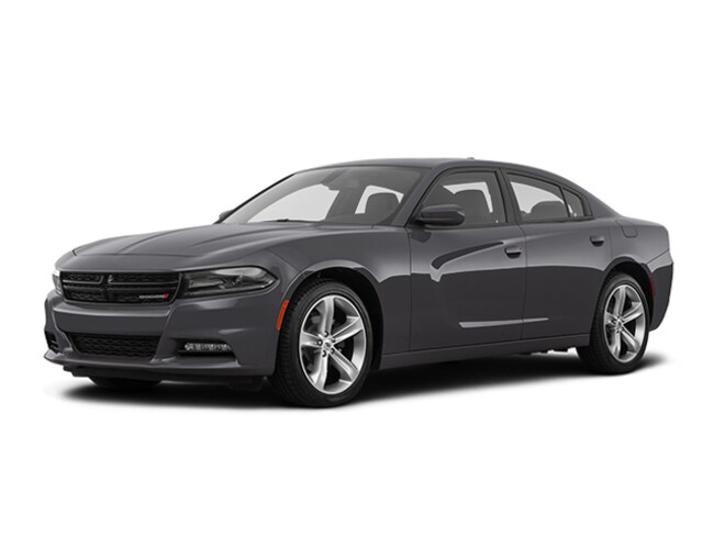 Used 2018 Dodge Charger SXT Plus Sedan for sale in Fresno, CA