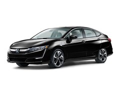 2018 Honda Clarity Plug-In Hybrid Touring Sedan Car