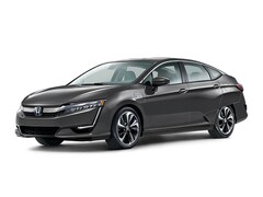 New 2018 Honda Clarity Plug-In Hybrid Touring Sedan JHMZC5F38JC012361 in Honolulu