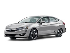 New 2018 Honda Clarity Plug-In Hybrid Touring Sedan JHMZC5F34JC012860 in Honolulu