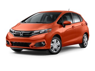 New 2018 Honda Fit LX Hatchback 00H80467 near San Antonio
