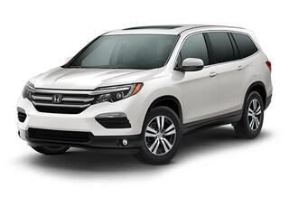 New 2018 Honda Pilot EX-L FWD SUV 00H80510 near San Antonio