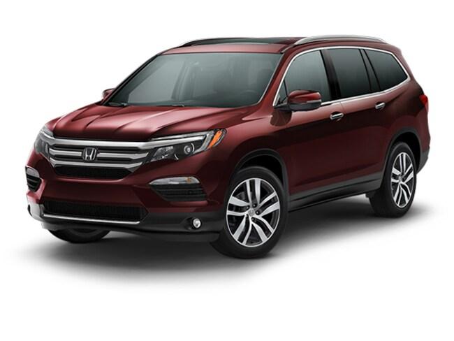 New 2018 Honda Pilot Touring AWD SUV Hopkins
