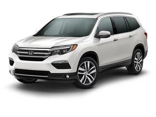 New 2018 Honda Pilot Touring AWD SUV Houston