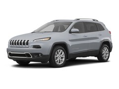 New 2018 Jeep Cherokee Latitude FWD SUV for sale in New Braunfels, TX at Bluebonnet Jeep