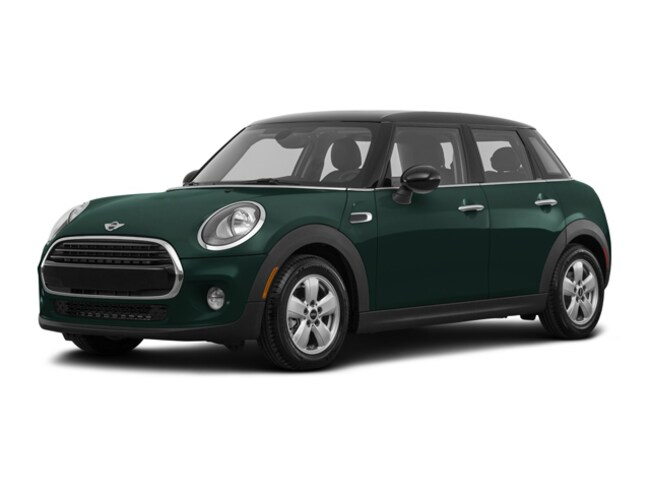 2018 MINI Hardtop 4 Door Cooper Signature Line Car