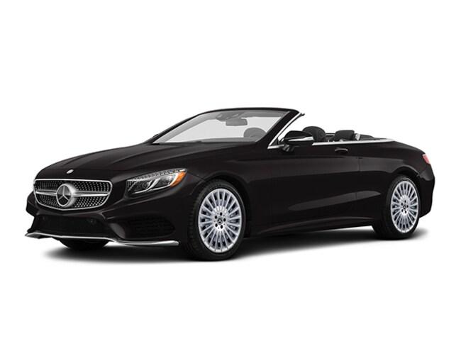 https://images.dealer.com/ddc/vehicles/2018/Mercedes-Benz/S-Class/Convertible/trim_Base_59dd9f/color/Black-040-10%2C10%2C11-640-en_US.jpg?impolicy=resize&w=650