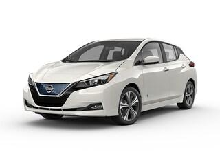 New 2018 Nissan LEAF SV Hatchback