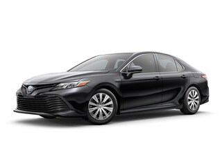 New 2018 Toyota Camry Hybrid LE Sedan serving Baltimore