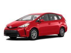 2018 Toyota Prius v Familiale