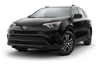 New 2018 Toyota RAV4 LE SUV T182682 in Brunswick, OH