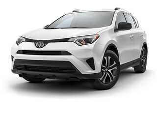 New 2018 Toyota RAV4 LE SUV T182140 in Brunswick, OH