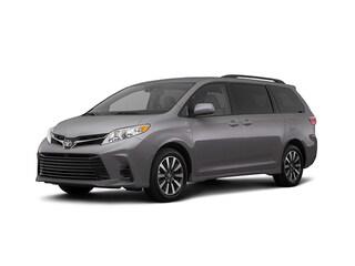 2018 Toyota Sienna LE 7 Passenger Auto Access Seat Van Passenger Van