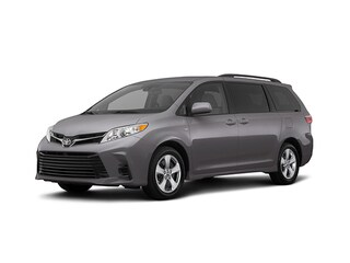 2018 Toyota Sienna LE Minivan/Van For Sale in Redwood City, CA