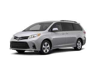 New 2018 Toyota Sienna LE Van Passenger Van in Ontario, CA