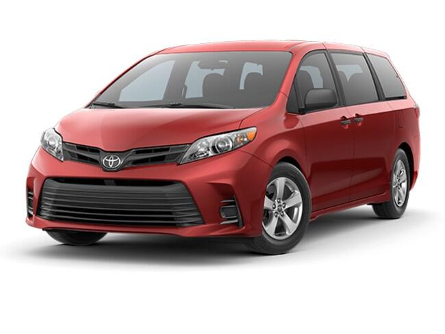 2018 Toyota Sienna LE VAN PASSENGE