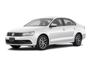 New Volkwagen 2018 Volkswagen Jetta 1.4T SE Sedan in Bloomington IN