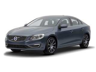2018 Volvo S60 T5 Inscription Sedan LYV402HK1JB173601