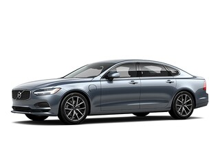 New 2018 Volvo S90 Hybrid T8 Momentum Sedan for sale in Winchester, VA